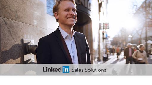 Financial-Services-Social-Selling