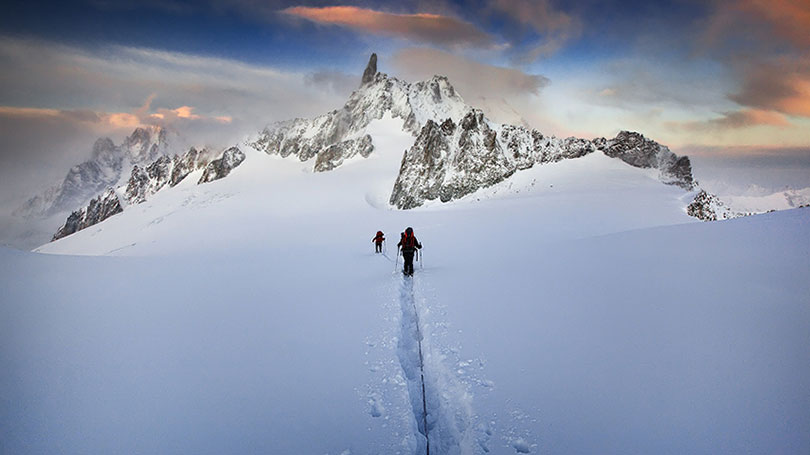 scaling-mountain