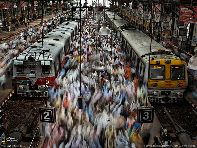 trains-in-mumbai_the