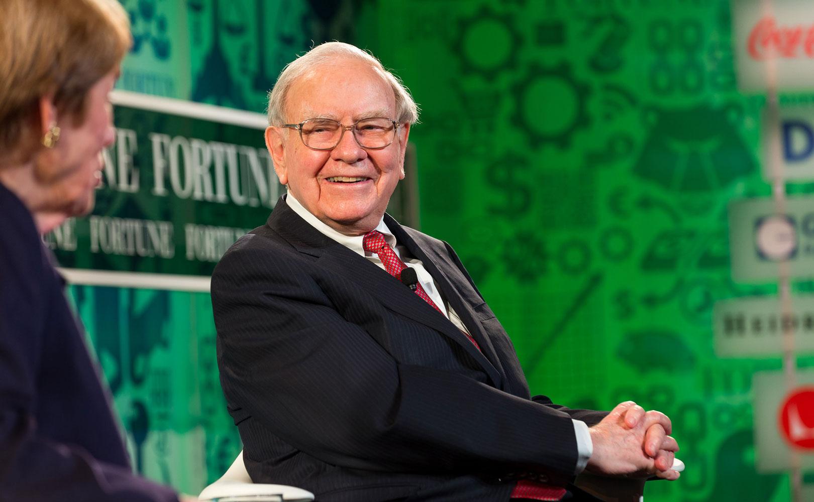 Fine When Warren Buffett Hires He Looks For These 3 Key Traits Download Free Architecture Designs Scobabritishbridgeorg