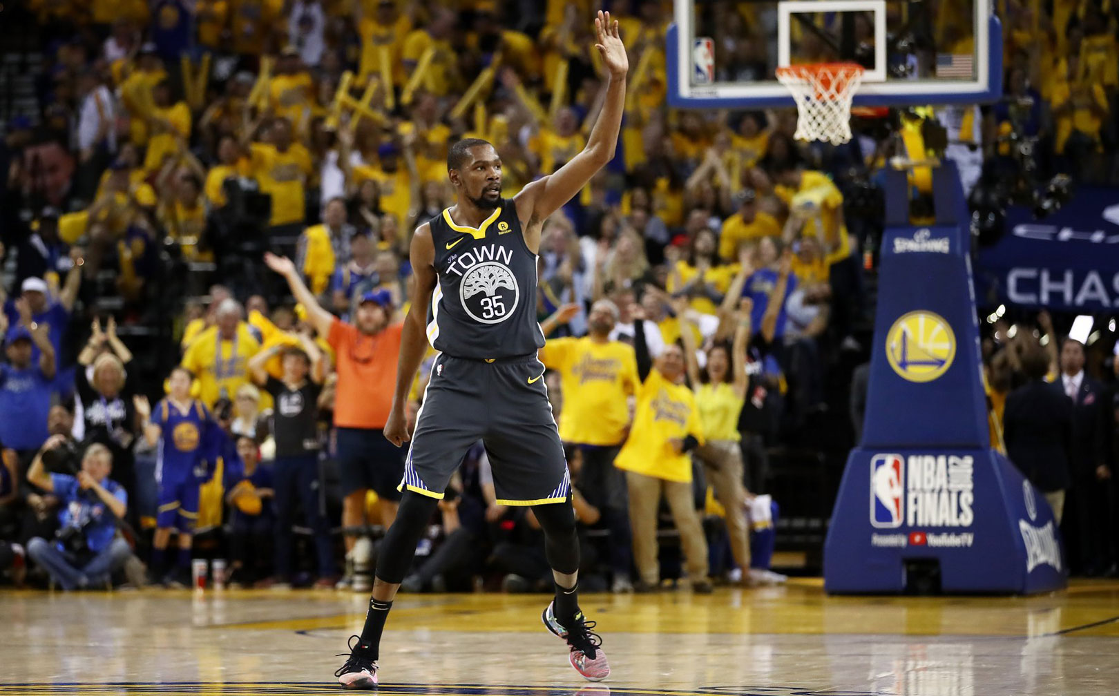 0960f7e5e7fa 4 Recruiting Lessons From How the Warriors Signed All-Star Kevin Durant—and  Won Two More NBA Titles