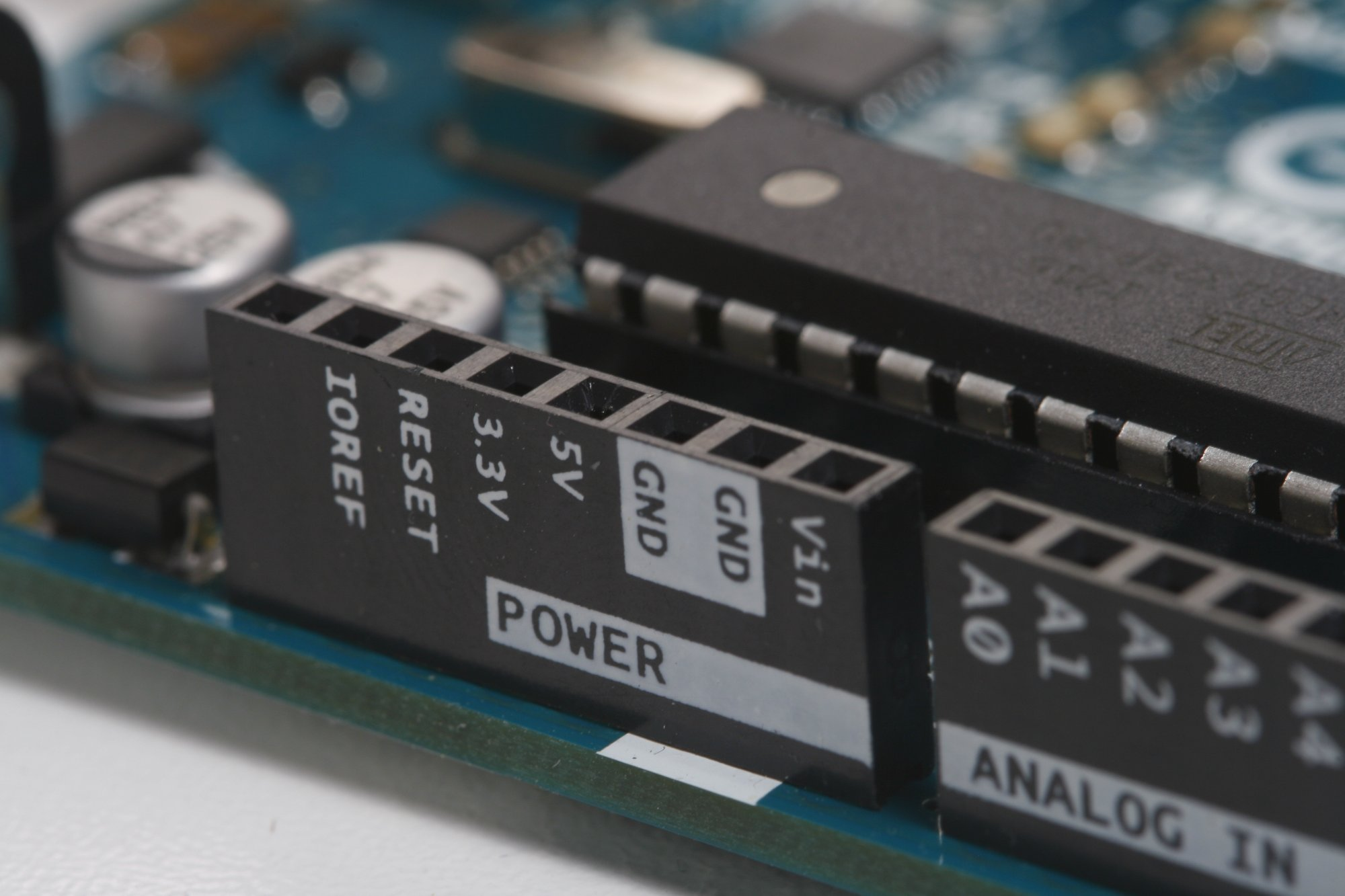If you want to be an electrical engineer, here are the skills you ...