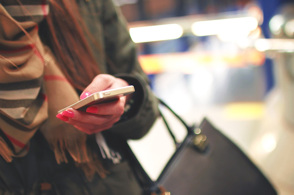 Work Texting – The Etiquette And When You Need to Respond