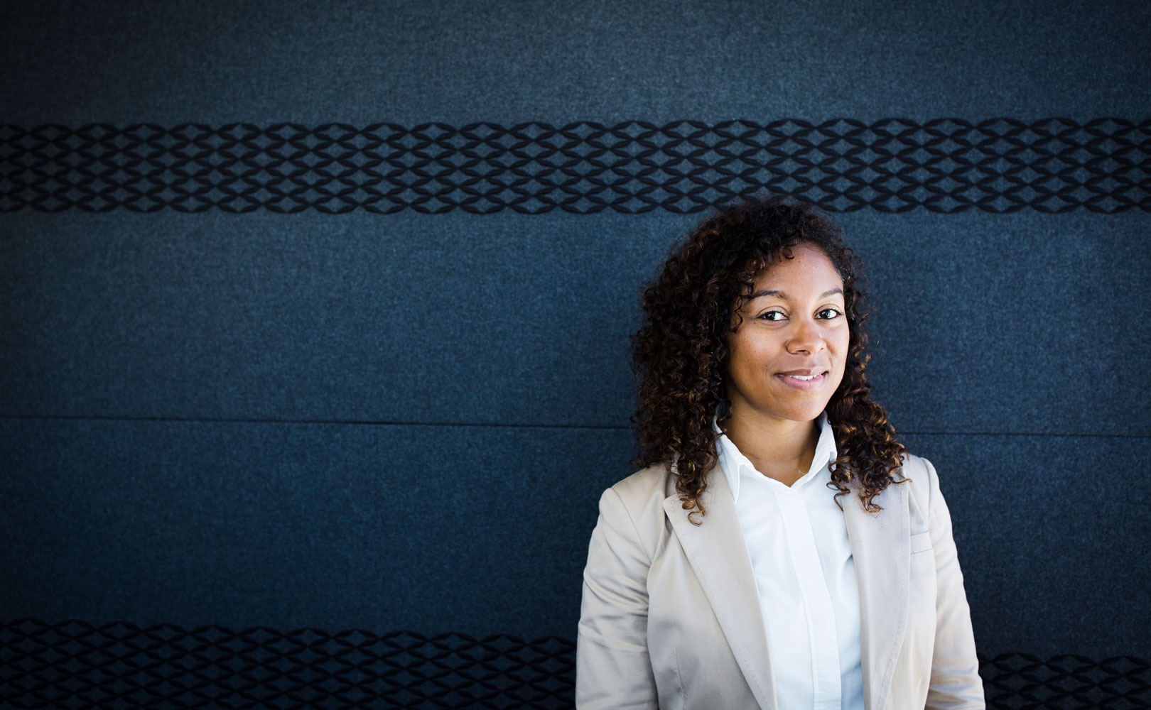 3 Easy Ways Women Can Demonstrate Their Authority at Work